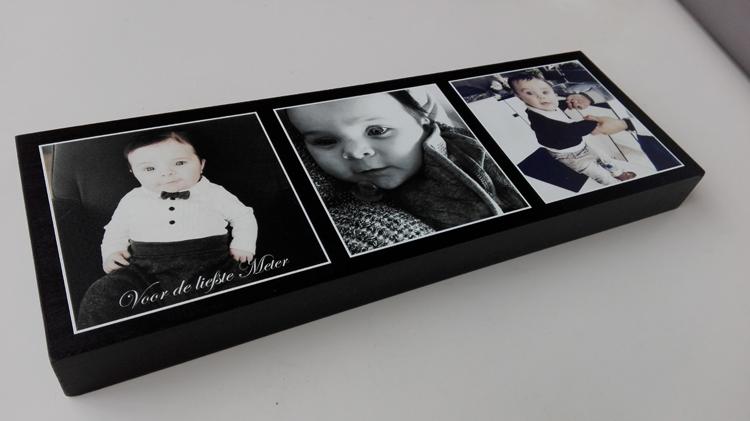 Foto op houtblok als origineel geboorte aandenken of meter en petergeschenk