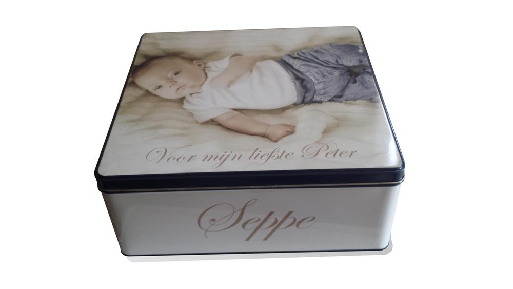 Gepersonaliseerde koekendoos met foto en tekst als origineel peter of meter geschenk om peter of meter te vragen